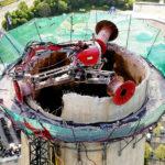 MB Spezialabbruch - Projekte: HKW Jena - Rückbau von Stahlbetonschornstein mittels DriveBreaker