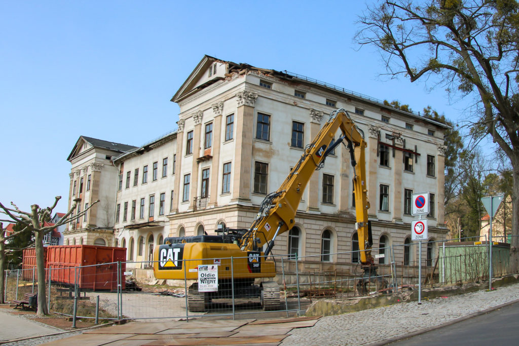 """MB Spezialabbruch - Projects: Hotel Charlotte - Selective dismantling & securing of building components of """"Charlotte"""" hotel, Bad Liebenstein"""